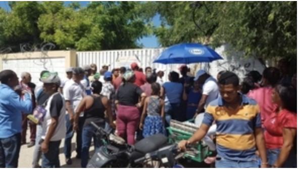 Mujer resulta herida en una mano en un colegio de votación de San Juan de la Maguana
