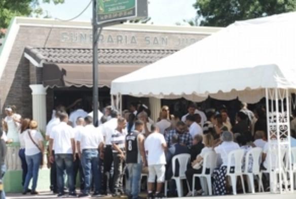 Navarrete llora a los tres hermanos que murieron en accidente; declaran tres días de duelo