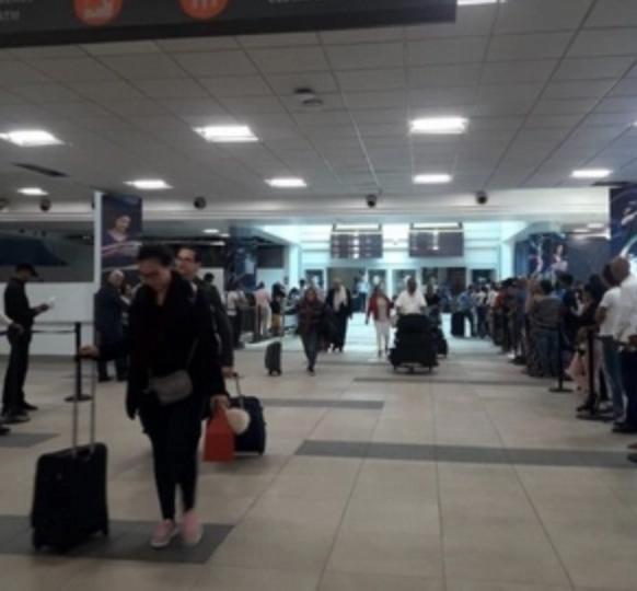 Aeropuertos implementan medidas para garantizar mayor seguridad a los viajeros por Navidad