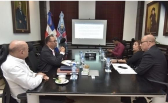 Minerd y ADP continúan diálogo priorizando la calidad educativa