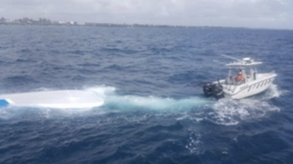 Rescatan pescadores dominicanos quedaron a la deriva