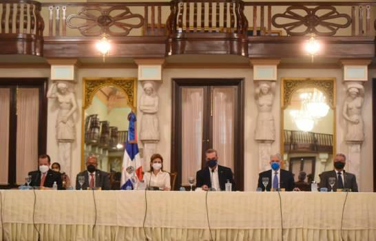 Abinader anuncia Gobierno creará cuerpo especializado contra violencia de género