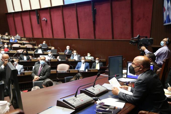 Diputados aprueban en segunda lectura Presupuesto para el 2021