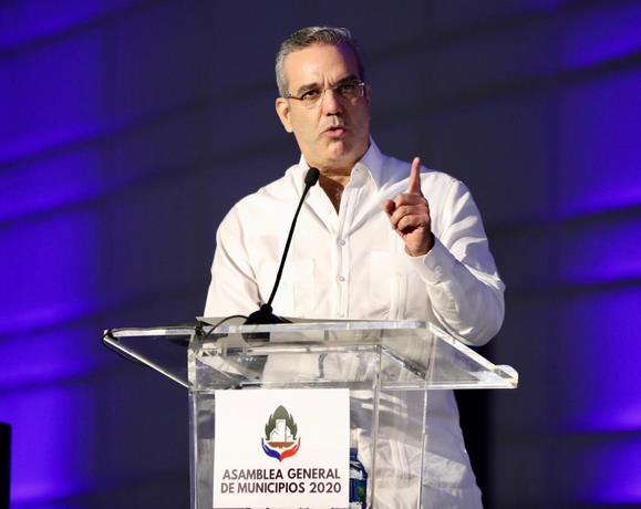 Alcaldes complacidos con anuncio de Abinader de aumentar presupuesto