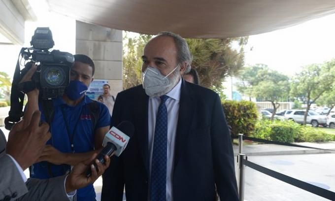 Francisco Pagán benefició con contratos por más de 1,596 millones de pesos a empresa de Alexis Medina