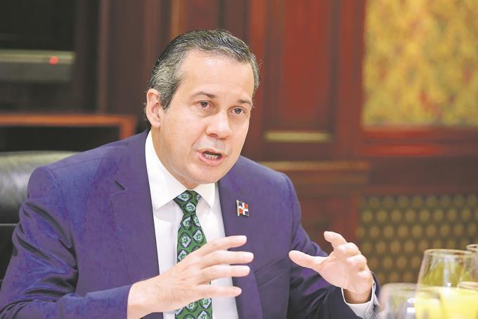 Ministro de Medio Ambiente: El país adolece de sistema para los desechos clínicos