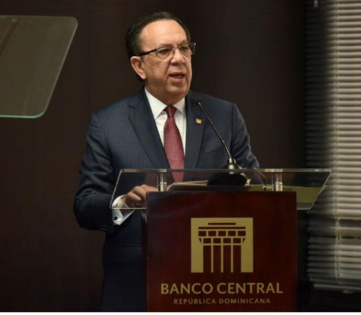 Valdez Albizu dice economía podría crecer 6% en el 2021