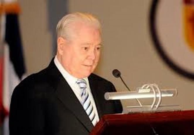 Muere don Alejandro Grullón, fundador del Banco Popular