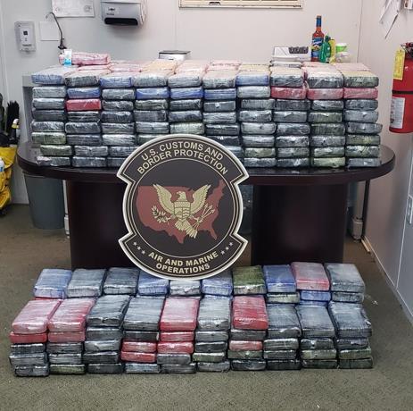Incautan en Puerto Rico 403 kilos de cocaína; detienen a dos dominicanos