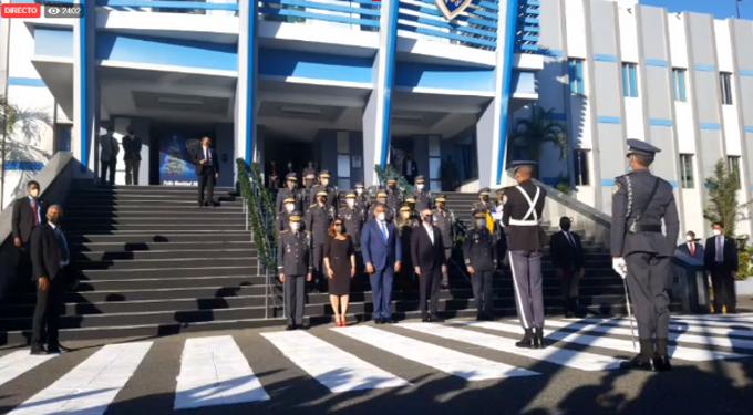 Abinader visita Palacio de la Policía Nacional