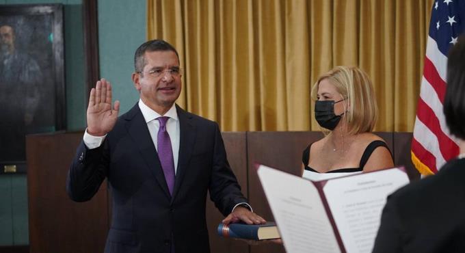 Pedro Rafael Pierluisi se juramenta como nuevo gobernador de PR