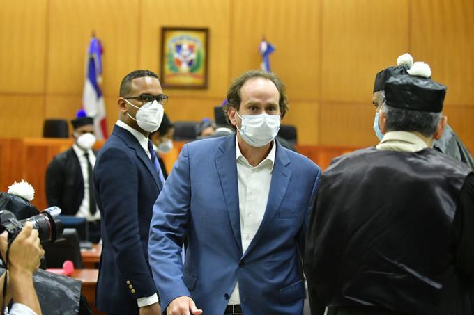Camacho dice pruebas de testigo son demoledoras
