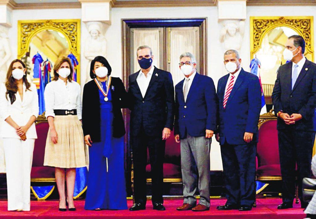 Presidente Abinader entrega Premio Nacional a la Calidad