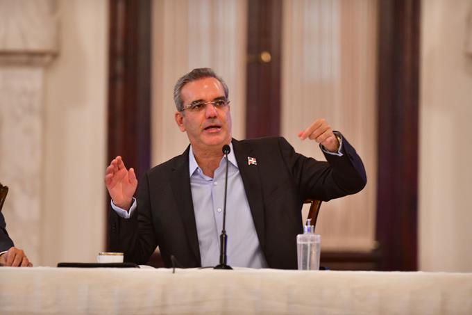 Abinader afirma país solo será canalizador de ayudas a Haití