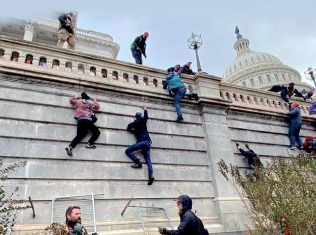 Rebelión en Washington: El espectacular asalto al Capitolio