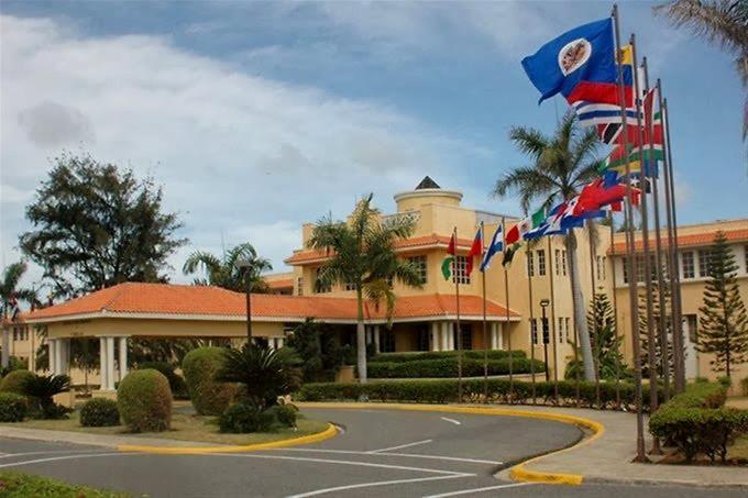 Lo que dice el Gobierno dominicano sobre los actos de violencia en el Capitolio EEUU