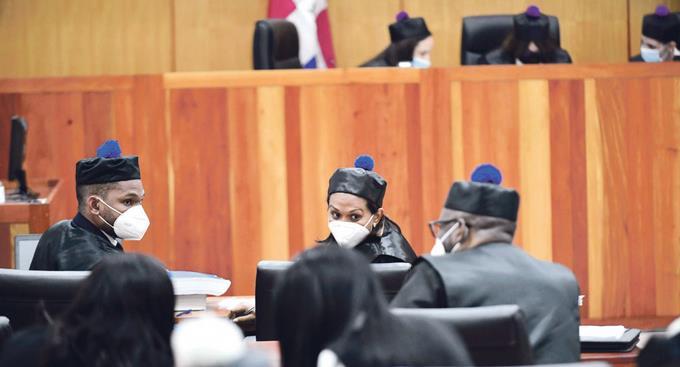 Llevan más pruebas al tribunal que conoce el escándalo de sobornos