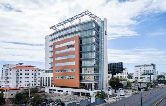 La compra de la sede del Ministerio de Industria y Comercio se realizó sin licitación