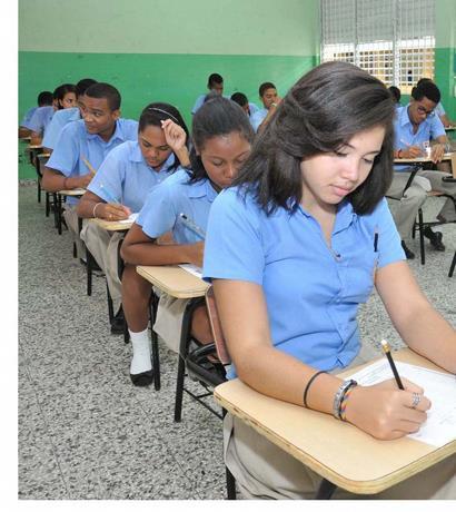 Educación planea llevar los alumnos a las aulas