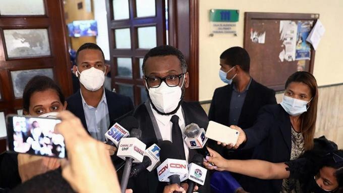 Piden a Suprema Corte designar juez especial para investigación contra pleno de la CC