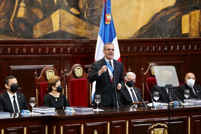 Abinader: Hoy la justicia es justa, independiente y autónoma