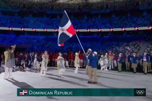 Atletas dominicanos bailan merengue en apertura de Juegos Olímpicos Tokio 2020