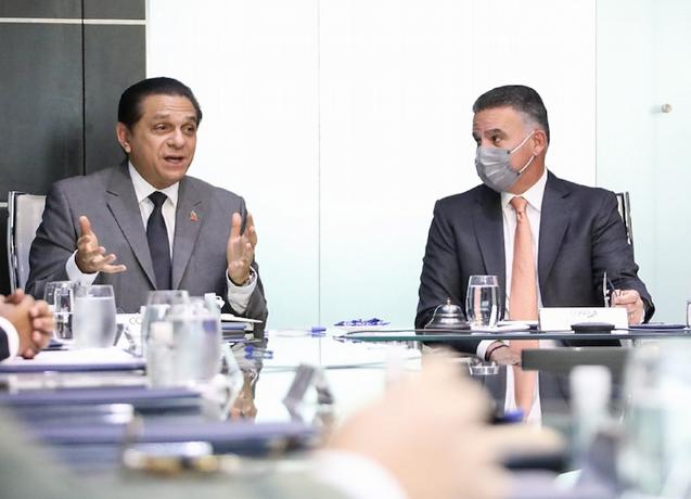 Empresarios reafirman apoyo a Salud Pública en lucha contra el virus